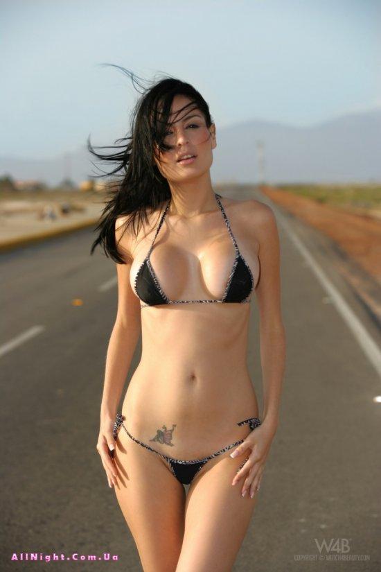 Блуждающая по пустыне Stefi (30 фото)