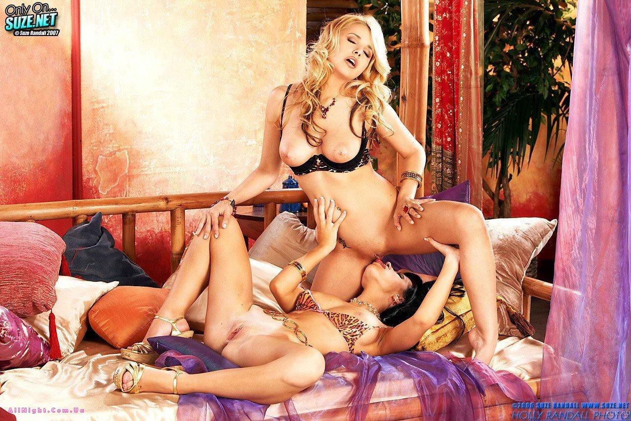 eroticheskie-igri-v-gostyah