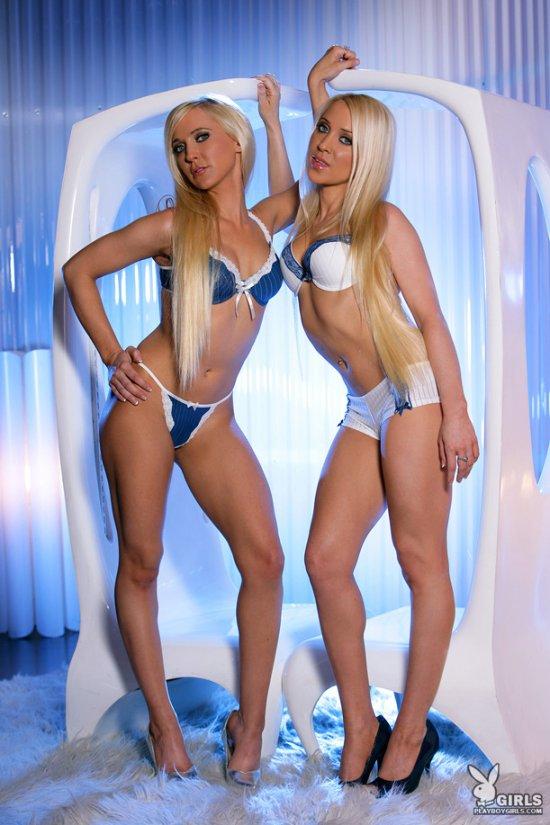 Симпатичные блондинки Evelyn и Katy (18 фото)