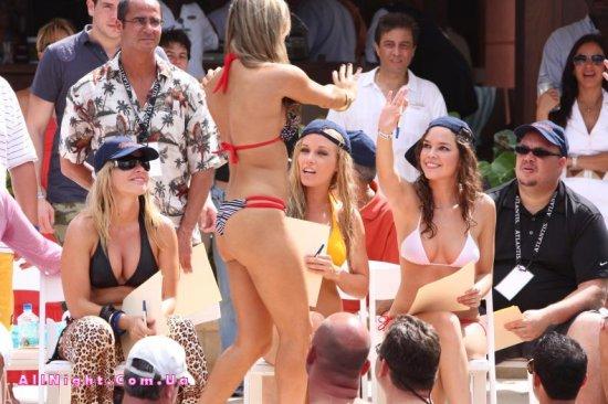 Конкурс бикини (12 фото)