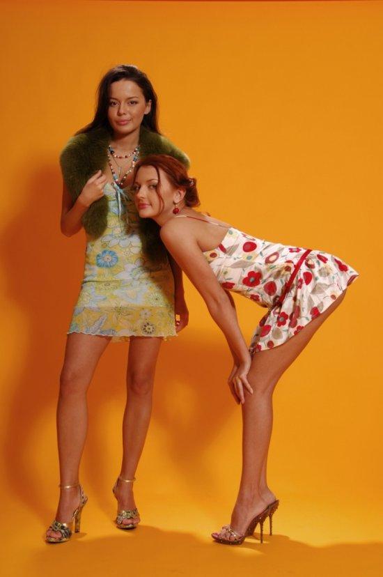 Anna и Jannet в фото студии (25 фото)
