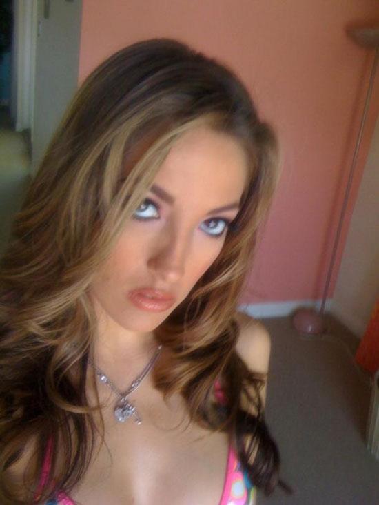 Сексуальная девочка с Myspace (18 фото)