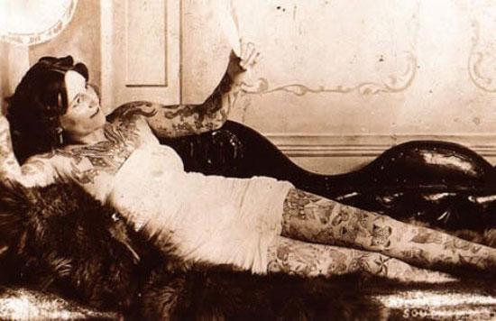 Татуированные женщины начала 20 века (12 фото)