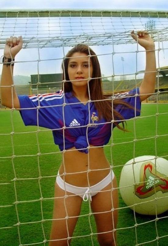 Девочки-футболистки (22 фото)