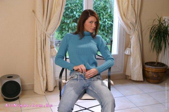 Домашняя скромница Klaudia Kosics (20 фото)