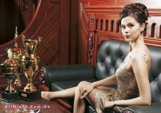 Анастасия Луппова - мастер по русскому бильярду (16 фото)
