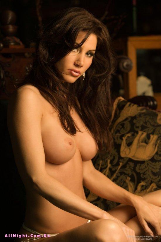 Ослепляющие формы обнаженного тела Diana Kaufman (20 фото)