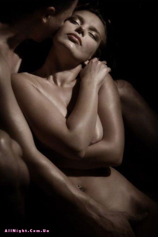 эротичные черно белые фото мужчины и женщины