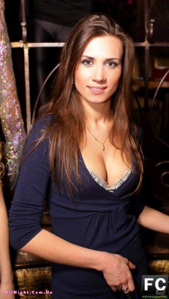 Симпатичные девчонки из московских клубов (40 фото)