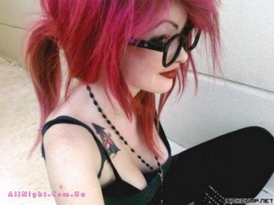 Молодые девчата (28 фото)