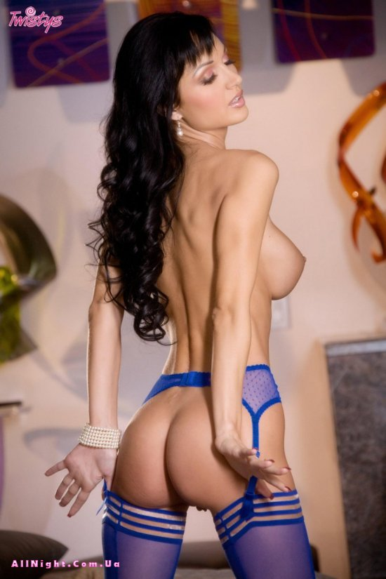 Roxanne Milana держит марку топ модели (20 фото)