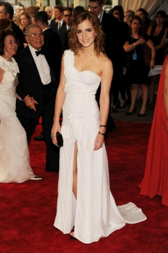 Emma Watson на церемонии (10 фото)