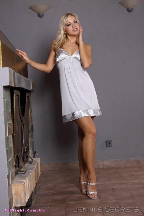 Секреты молодой эро модели Jenni Gregg (20 фото)