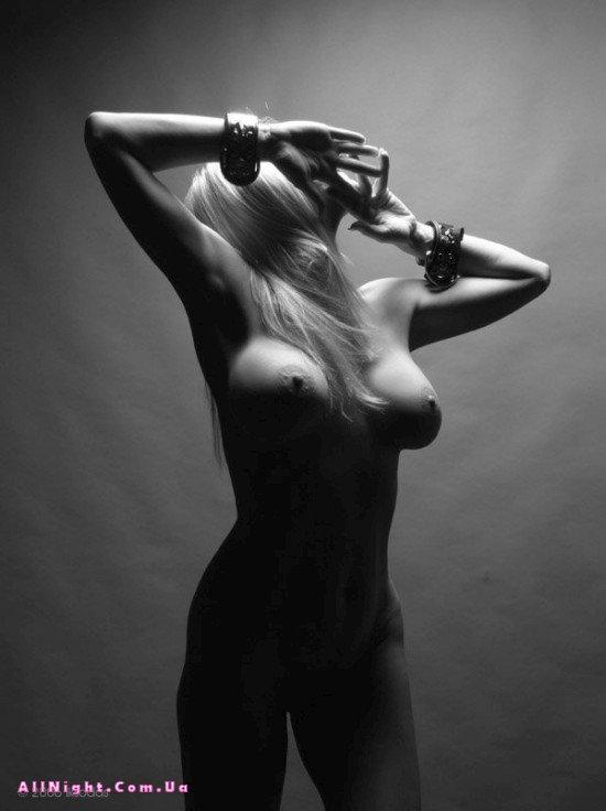 shedevri-eroticheskoy-muzhskoy-fotografii