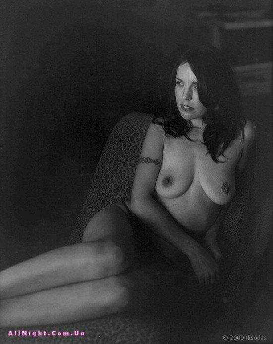 Чёрно-белая эротика Nad Iksodas (35 фото)