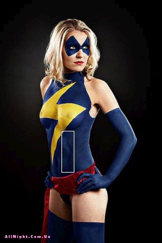 эротика с девушками в костюмах супергероев-ьб1