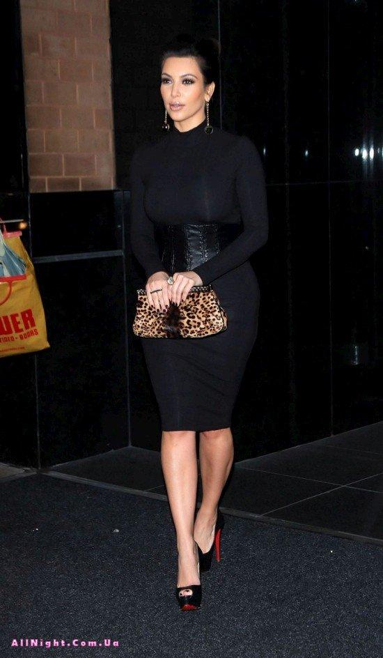 Отличный внешний вид Ким Кардашиан (7 фото)