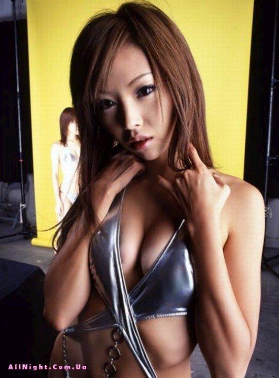 Молодые японские девушки (56 фото)