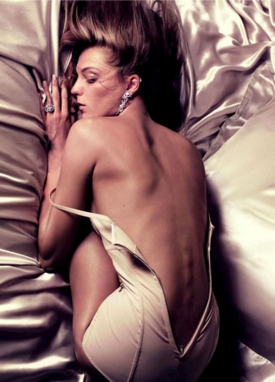 Обнаженная Дарья Вербова для Vogue (10 фото)