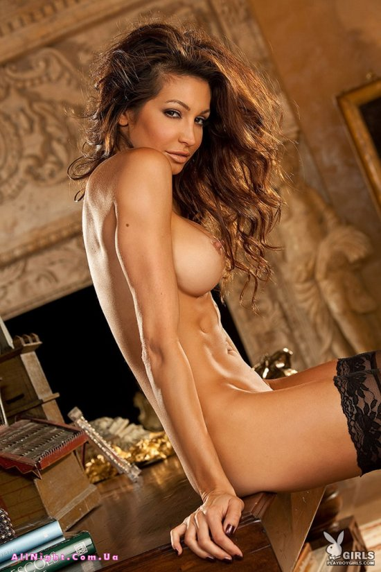 Angela Taylor для журнала Playboy (12 фото)