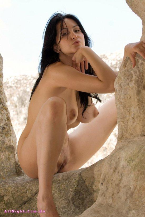 Попка Eski в пещере (20 фото)