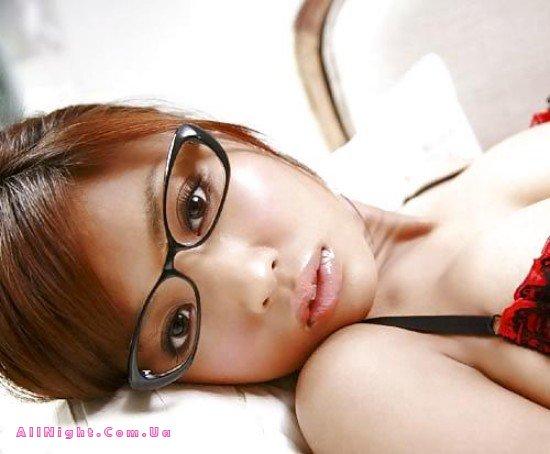 красивые девушки в очках эротика