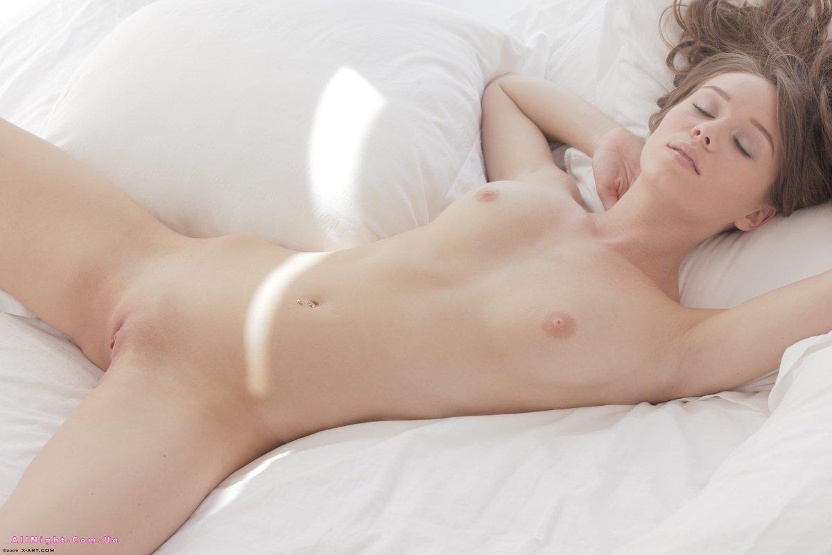 Порно нежной телочки фото 252-710