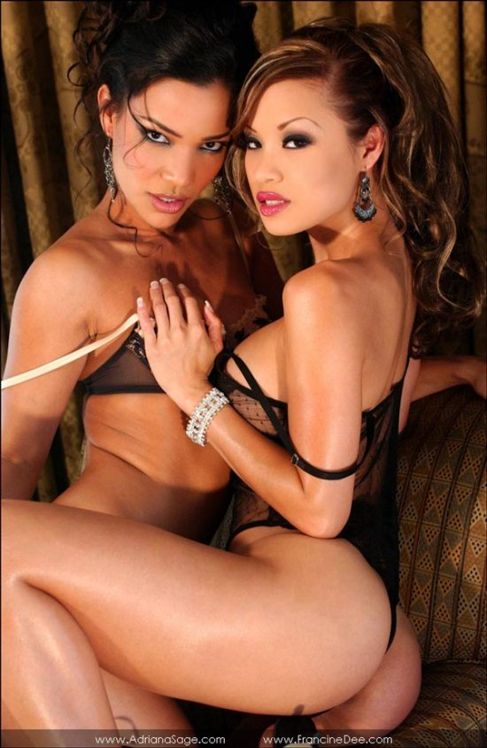 Сексуальные лесбиянки Adriana Sage и Francine Dee (15 фото)