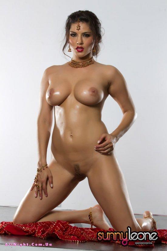 Самурай Sunny Leone (15 фото)