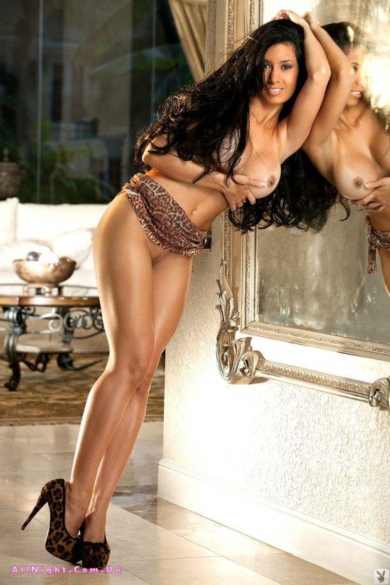 Большие сиськи Marce Sandoval (20 фото)