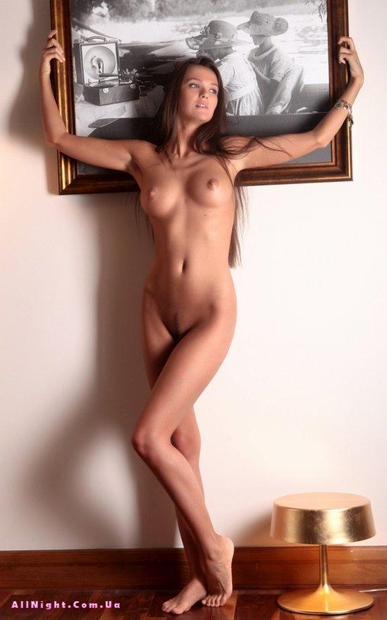 Chantelle - девушка из сказки (22 фото)