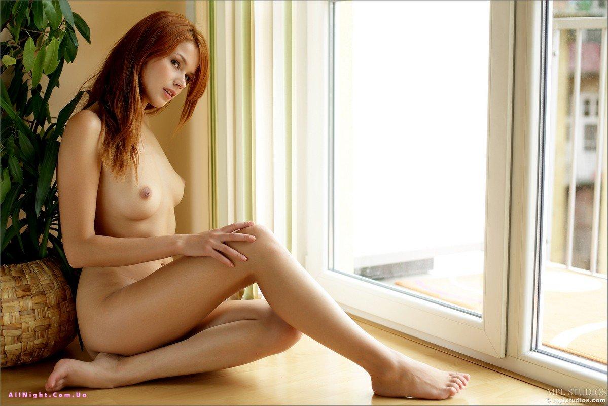 http://eromodels.org/uploads/posts/2012-02/1328447219_kami-12.jpg