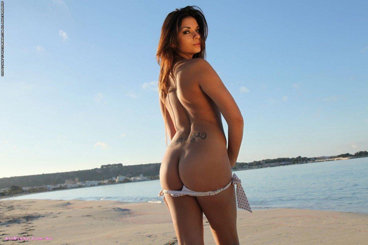 Фото пляжных попок 11 фотография