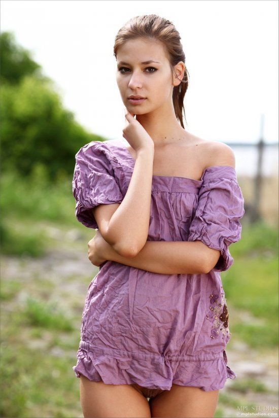 Интимные откровения миловидной Lidiya (16 фото)