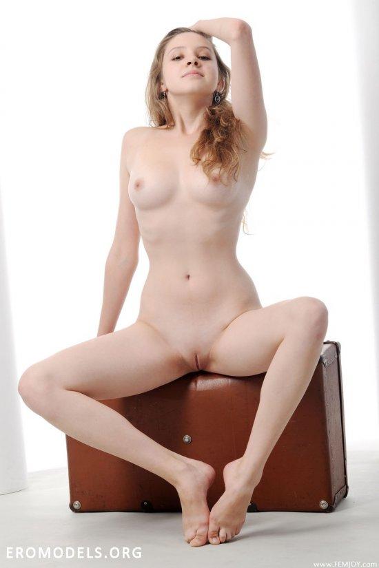 Чемодан Mirabil с эротическими впечатлениями (16 фото)