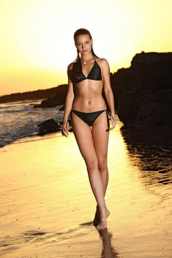 лорена на пляже эротика