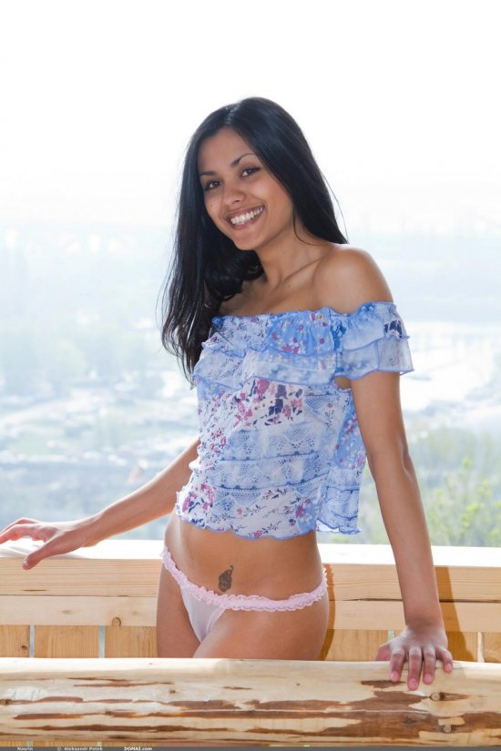 Красивый пейзаж на фоне эротики Bianka (16 фото) | Голые ...: http://obamway.ru/krasivyiy-peyzazh-na-fone-erotiki-bianka-16-foto-nbsp/