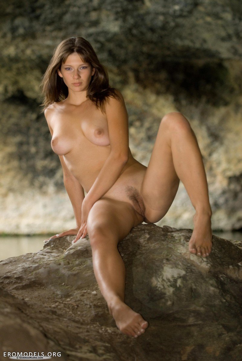 Фото эротика в пещере онлайн порыве страсти цитерия