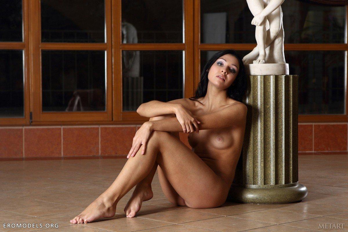 Эротические приключения во дворце фото 111-449