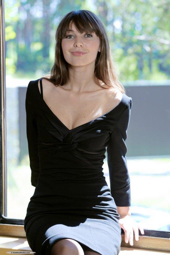 Открытая для ярких впечатлений Alexandra (16 фото)