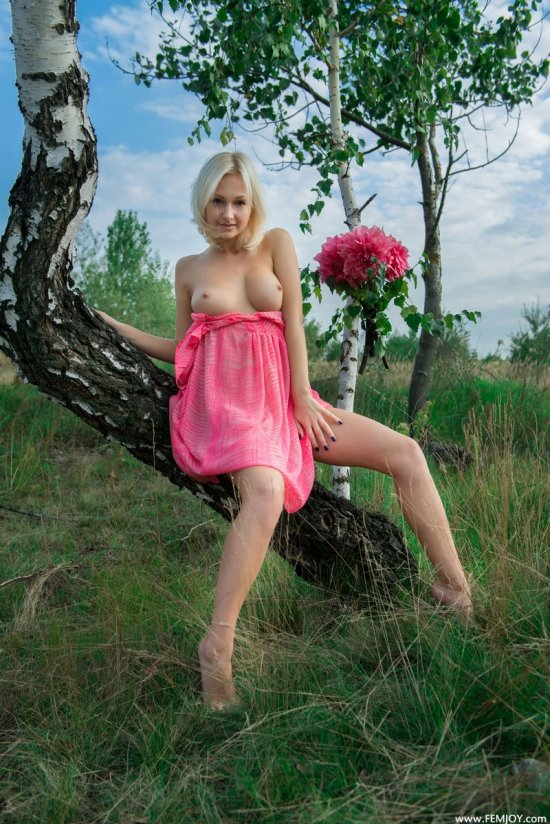 Красотка с богатой фантазией - Iren (16 фото)