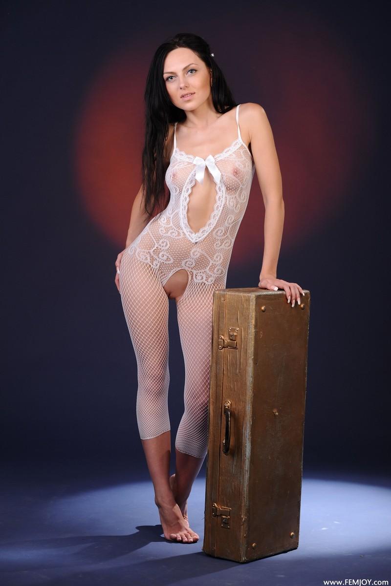 Эротические студии модели фото 400-242