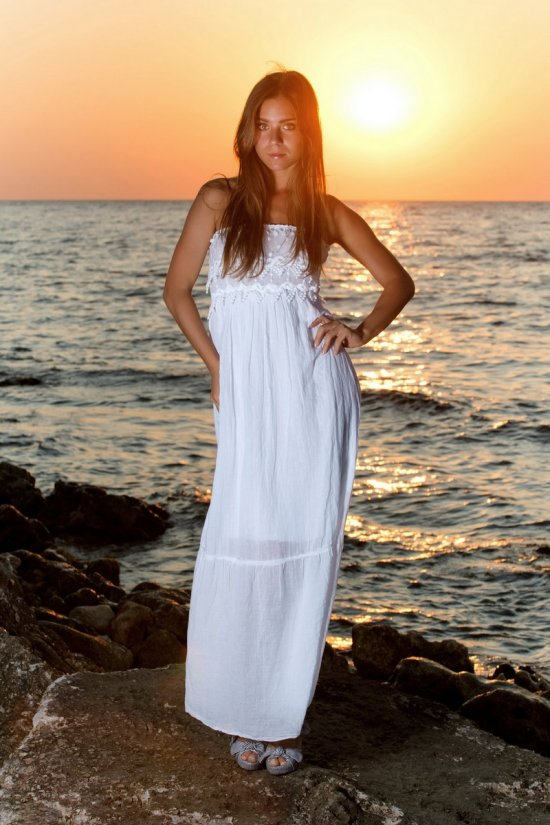 Неописуемая эротика Lili под закатом солнца (15 фото)