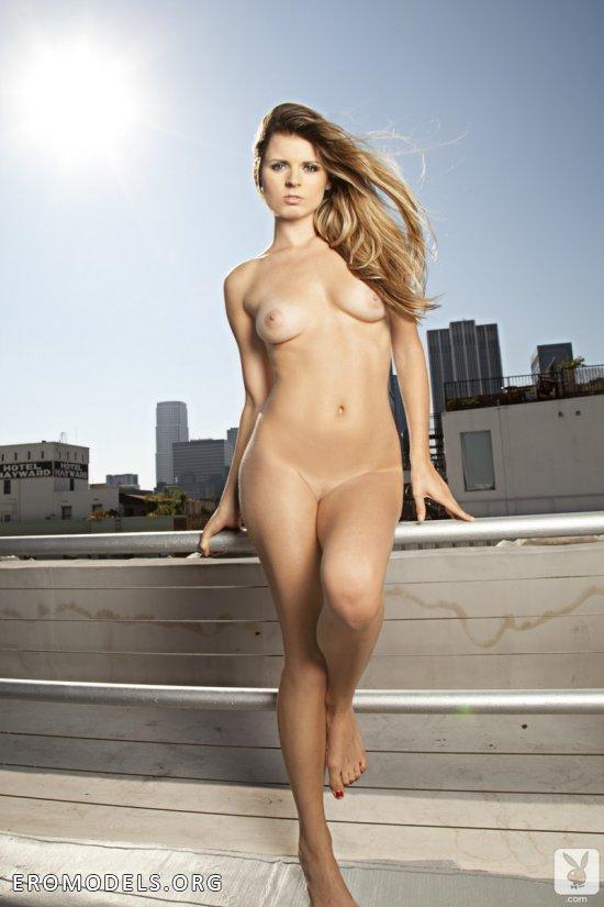 Эротика Nikki Marie на вершине небоскреба (20 фото)