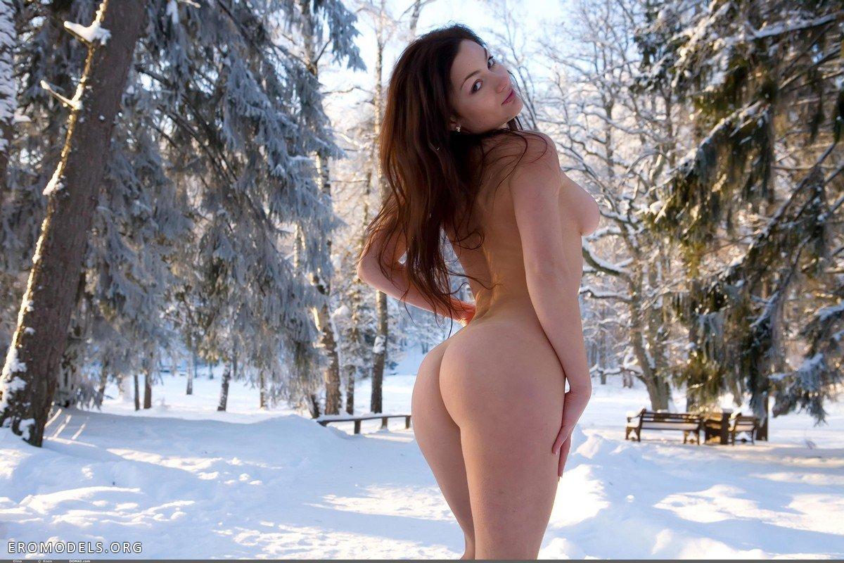 Фото голых девушек ua 18 фотография