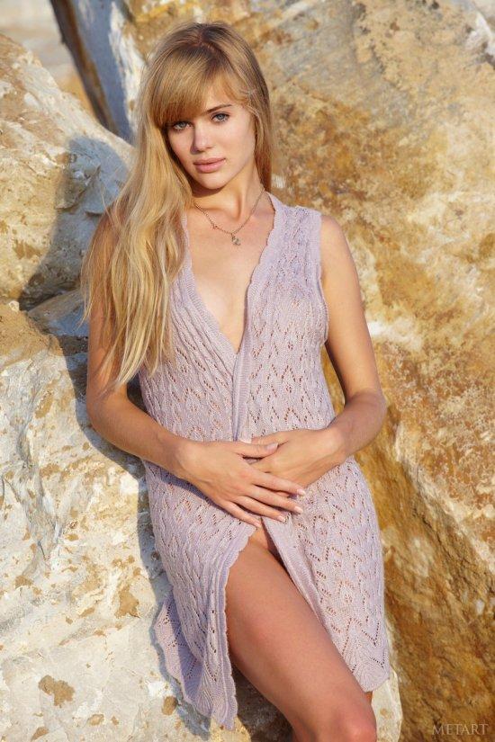 Ослепительная внешность славянской модели Anika (20 фото)