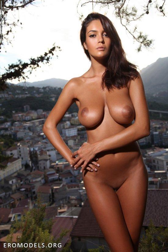 красивые загорелые женщины голые фото