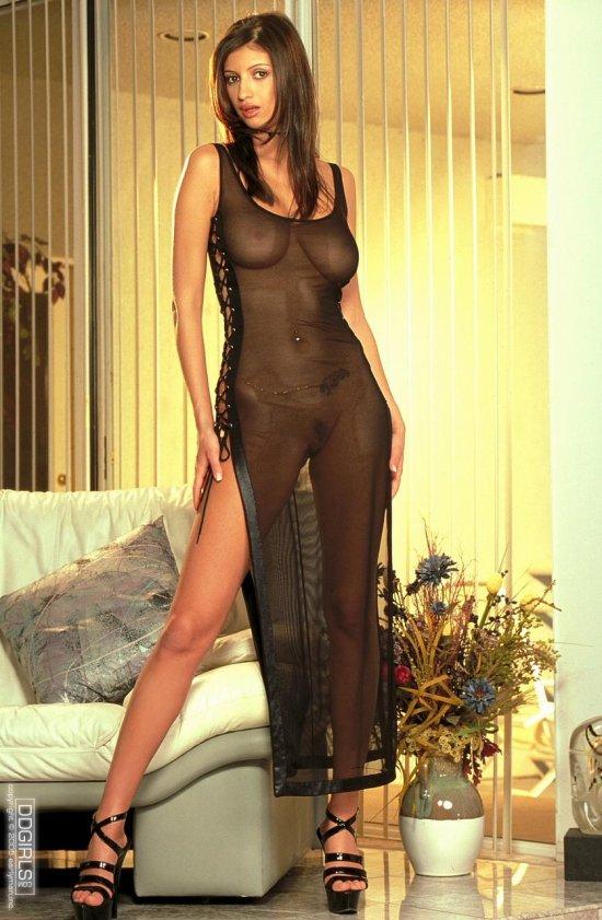фото эротика в платье