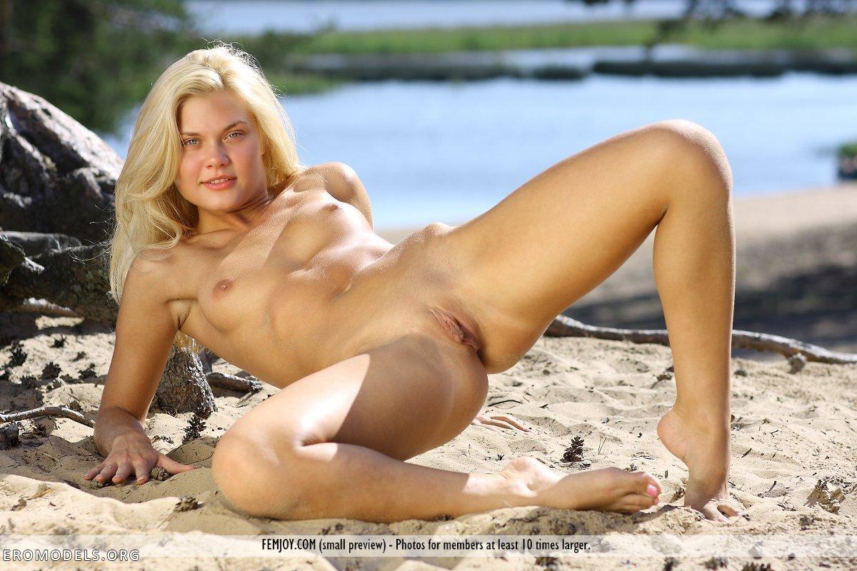 Naked pixie women pics porn video