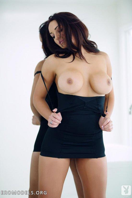 Девушка с пышными формами